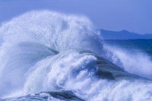 台風 荒波