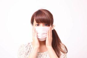 花粉症にマスク