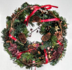 クリスマスリース 扉 付け方 フック 内側